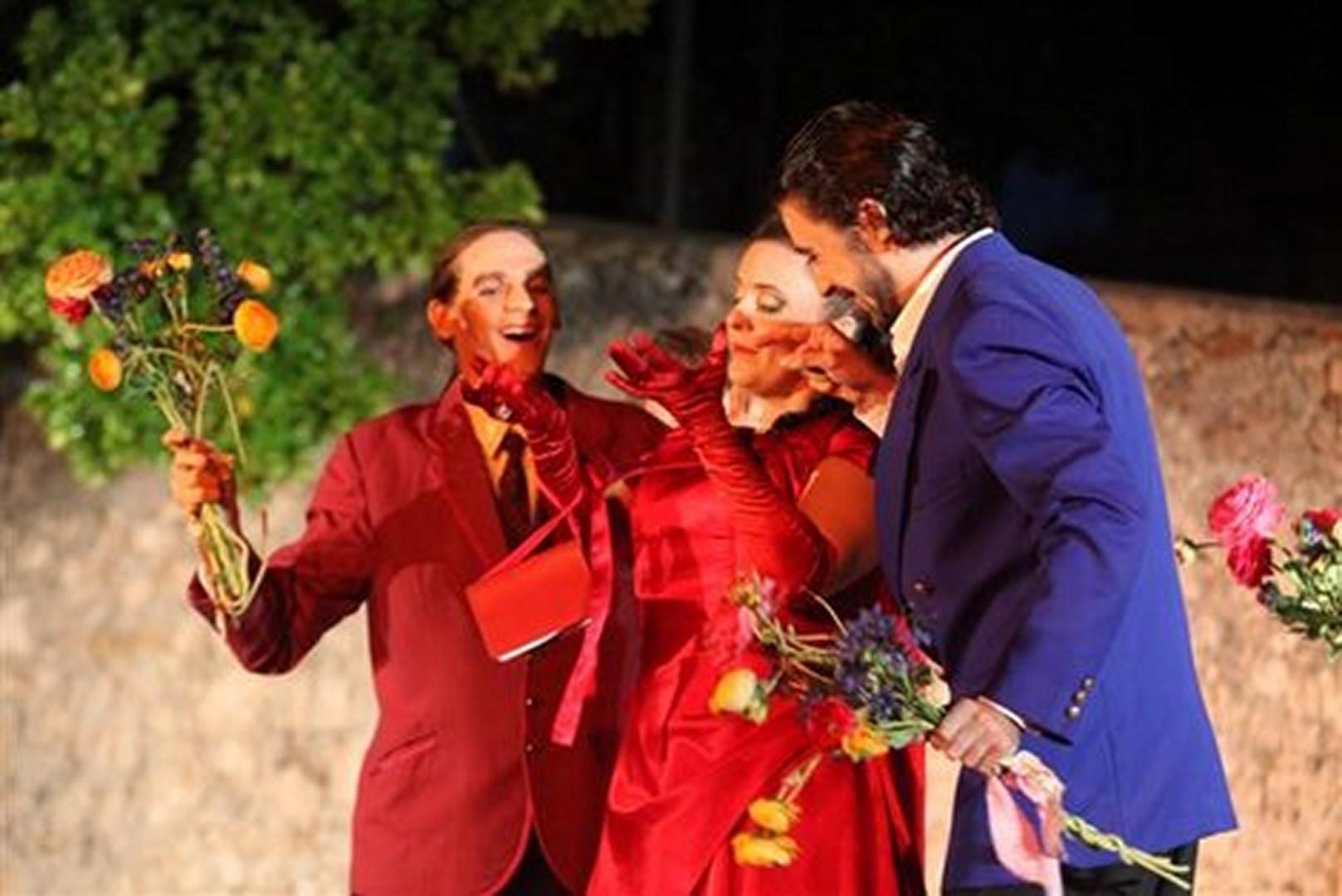opus-opera-2012