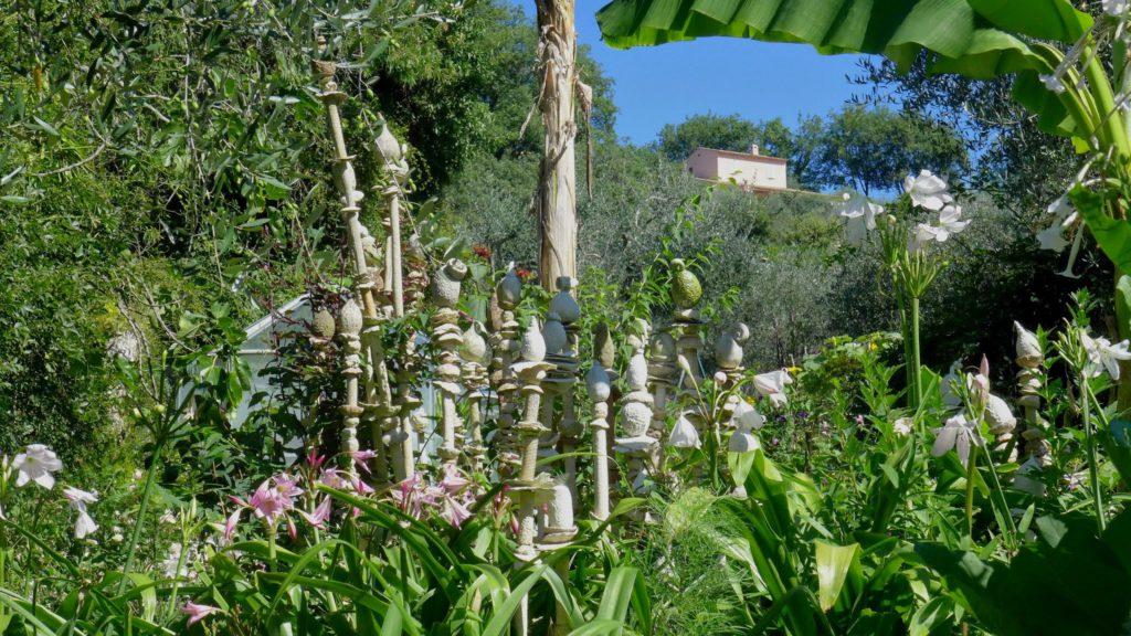 jardin des fleurs et des poterie à gattieres