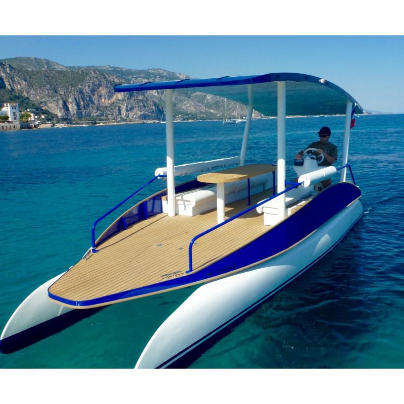 seazen le bateau solaire sans permis pour une journ e en mer la lezardiere. Black Bedroom Furniture Sets. Home Design Ideas